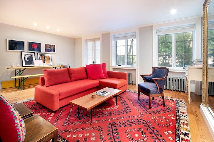 Cobble Hill Retreat, 1-Bedroom Garden Apartment