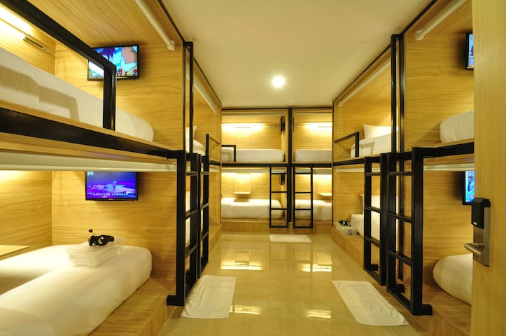 Dormitory Room  (Female)
