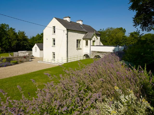 Mill Lodge - Ballinderry - Casa