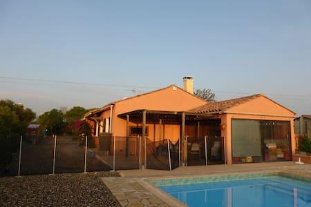 maison avec piscine proche mer et montagne - La Palme