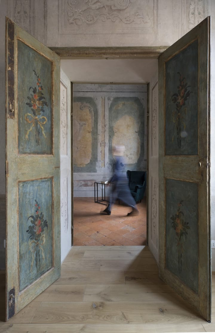 Appartamento affrescato 180 mq in centro a Mantova
