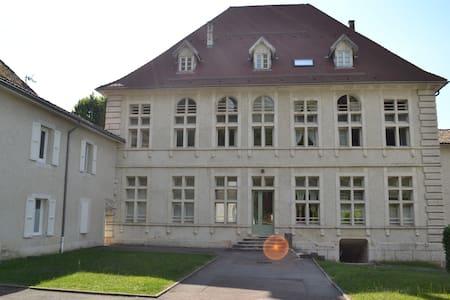 UN HAVRE DE PAIX - Wohnung
