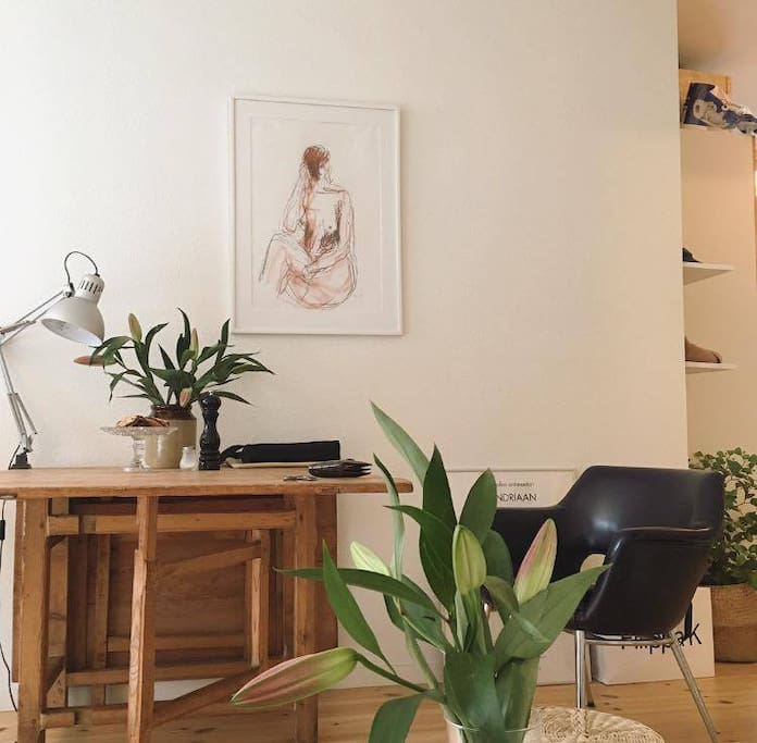 danish design studio apartment flats for rent in. Black Bedroom Furniture Sets. Home Design Ideas