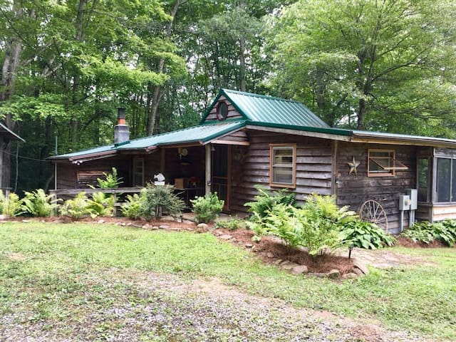 Burkes Garden 2018 (with Photos): Top 20 Places to Stay in Burkes ...