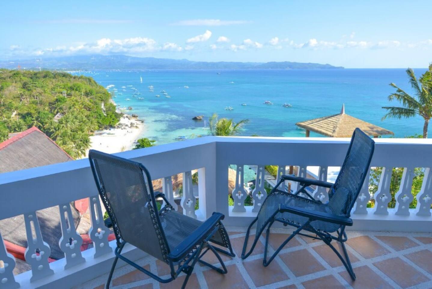 Balcony in masterbedroom with ocean view