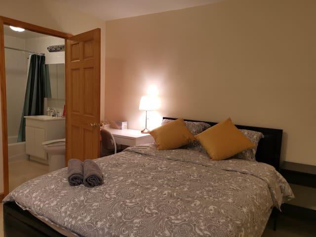 Astoria center luxury suite