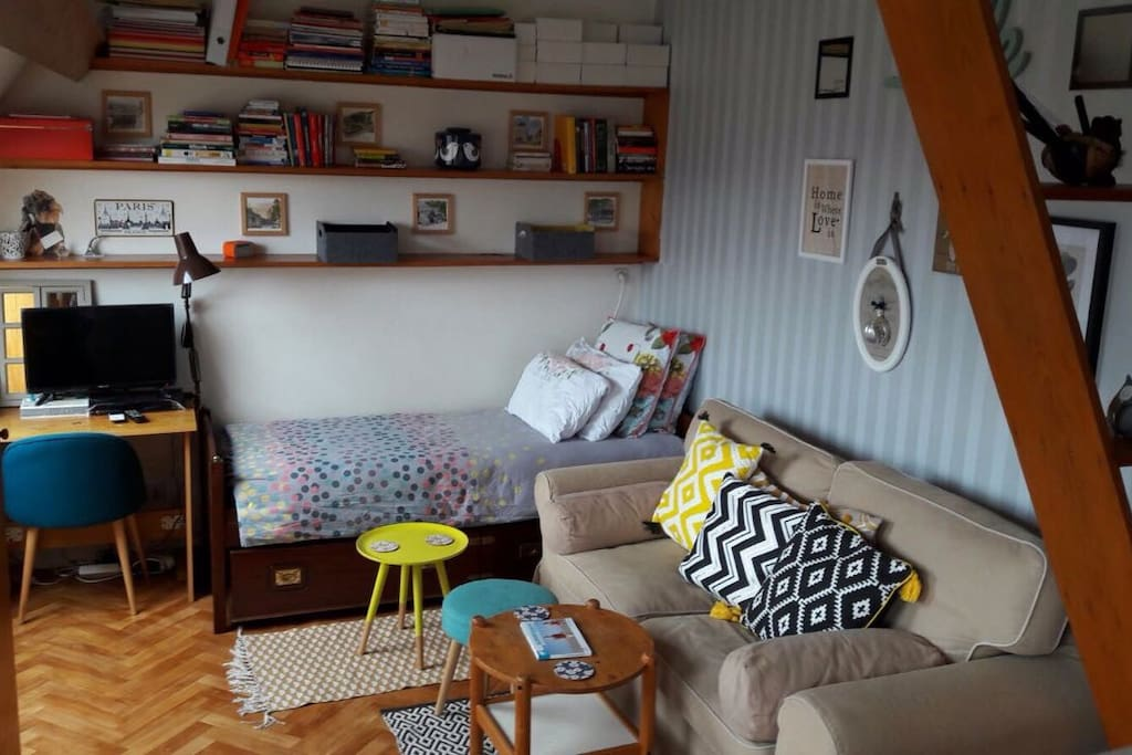 A tiny studio, but very cosy and functional, and with excellent location