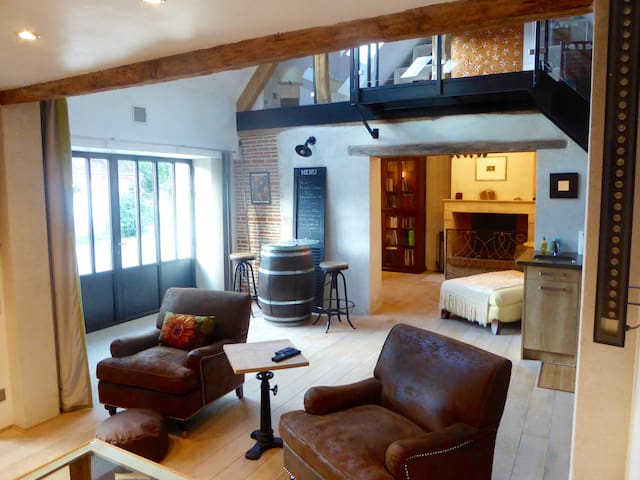 A Country Loft in the Grands Chateaux Area