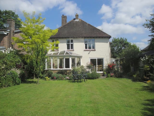 Kingsize ensuite, Chichester - Chichester - Bed & Breakfast