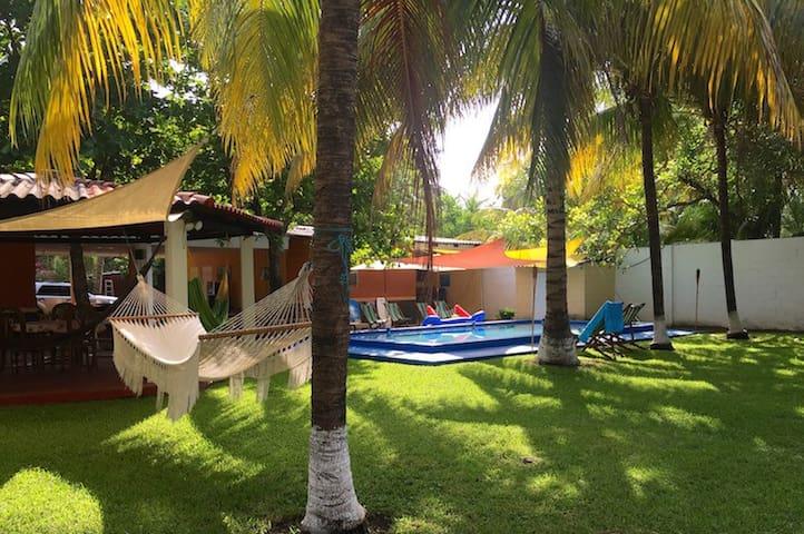 Casa de Playa amplia y acogedora/Nice beach house - Amatecampo - House