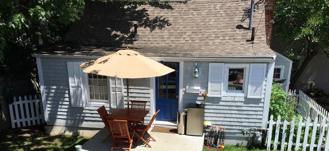Cozy Devon Beach Cottage just steps from the sea - Milford - Cabana