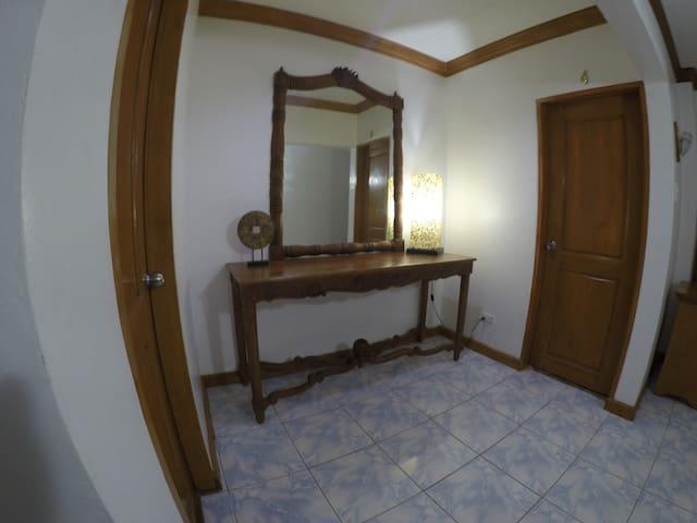 Heritage Inn Poro
