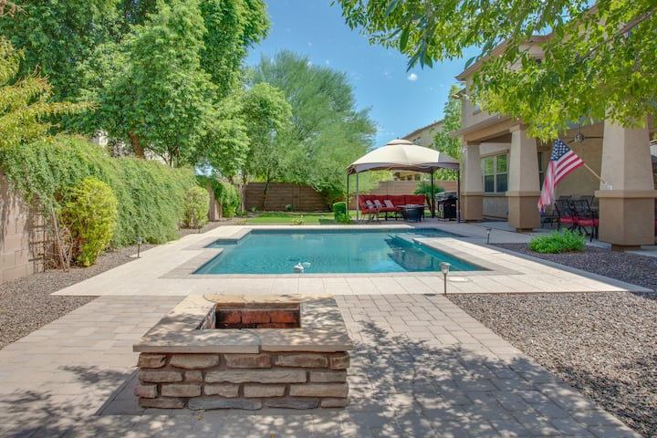 Large Family Home w/ Pool