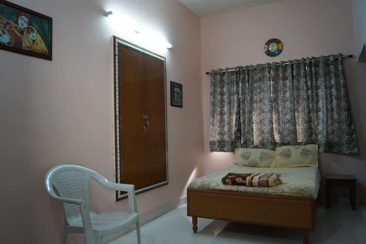 Stayvillas Double Bedroom