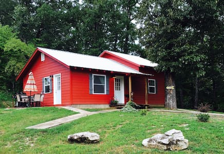 The Red Cabin - Marble Falls