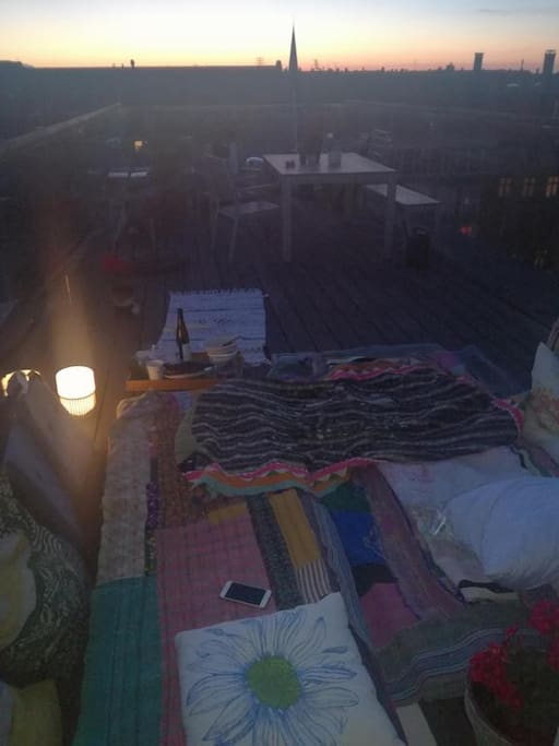 Sleep outside on the roof top