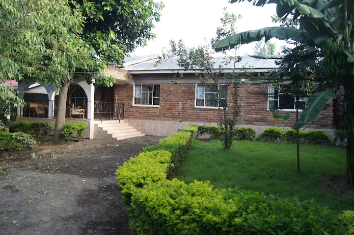 Our home will be your home - Arusha - Huis
