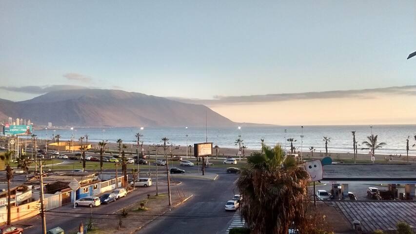 Cómoda y segura habitación frente a Playa Brava - Iquique - Pis