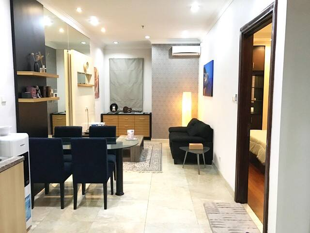 1BR Spacious hotel-like room for short & long stay - Kebayoran Lama - Leilighet