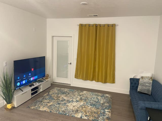 Cozy private room in An Apt