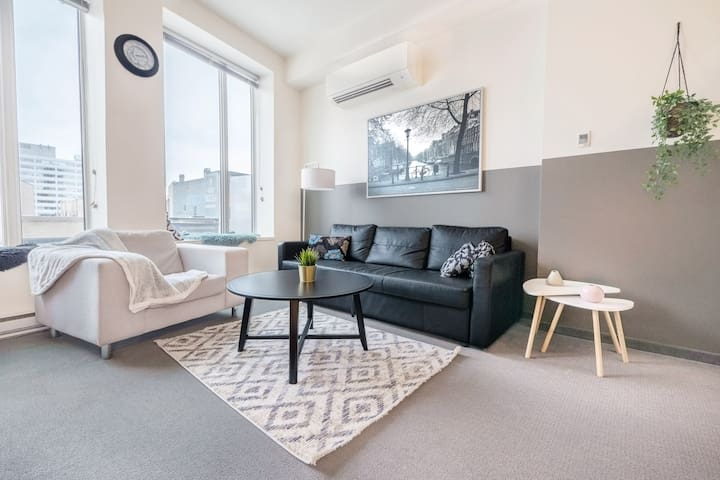 Modern 1BR|Gym+Rooftop|Downtown Exchange MTS Centr