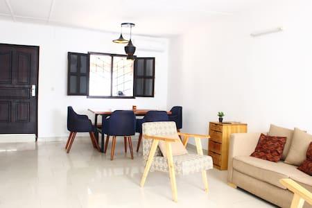 Riviera - Independant room / Chambre indépendante - Villa