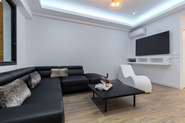 Canapé d 'angle et fauteuil tantra