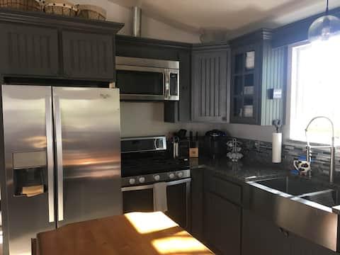 Modern Farmhouse/Executive Retreat Amador City, CA