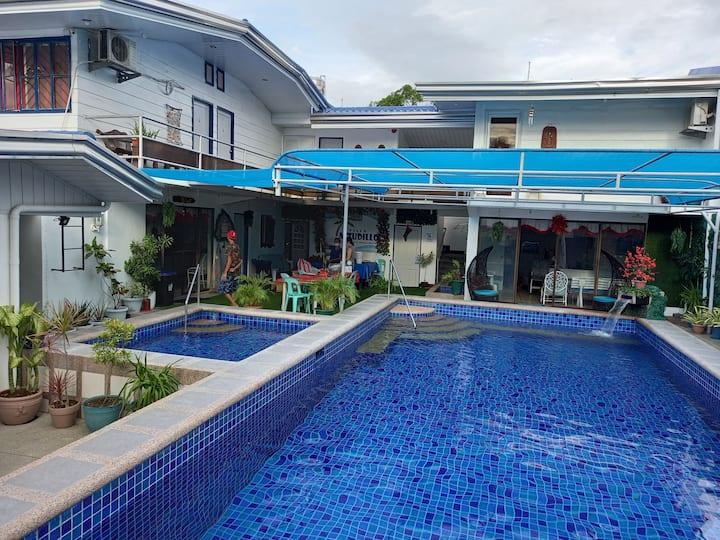 Villa AstudilloPrivatePoolHotspringResort