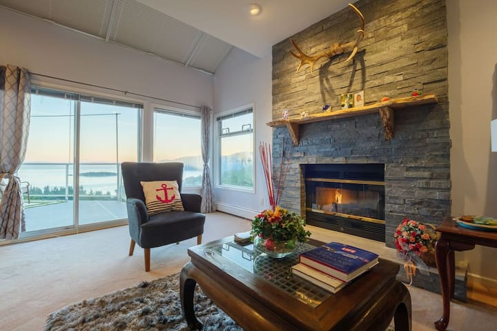 Ocean view house in West Vancouver