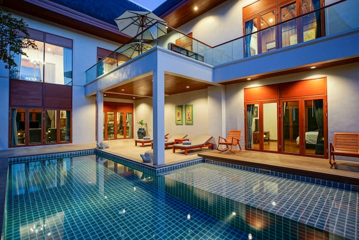 Grace Villa - Private Pool / Free Airport Transfer & Free Breakfast  / Restaurant