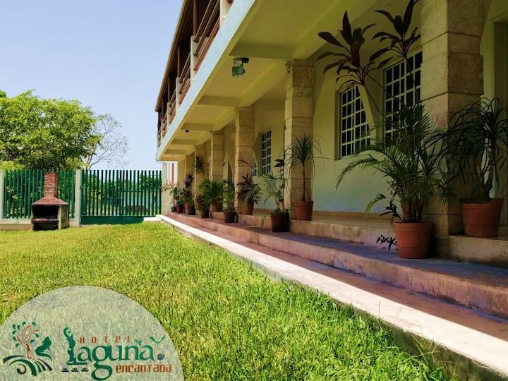 Habitación en Hotel Laguna Encantada