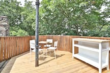Large PATIO - AMAZING FOR SPRING & SUMMER!