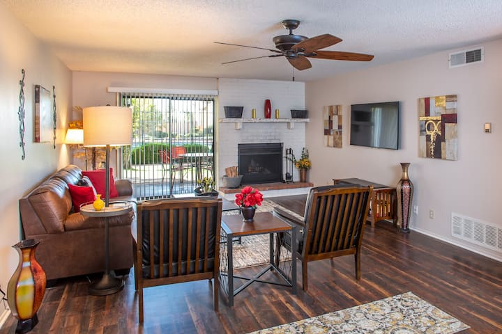 Rare Sedona 3 bedroom with pool and spas!