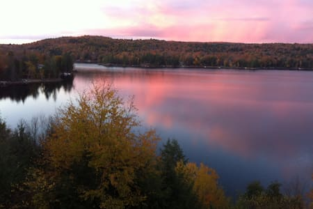 Rooms -Kennisis Lake Cottage 'Million Dollar View' - Dysart and Others - Sommerhus/hytte