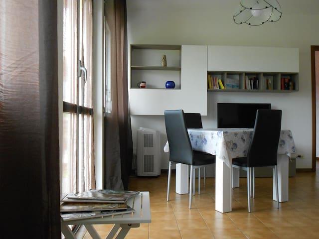 Casa Emilia, trilocale in zona residenziale