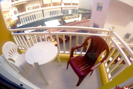 Apartment in Los Cristianos 10m from the beach - Arona - Apartment