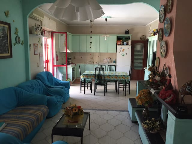 Fantastic extra room near the airport of Naples! - Casavatore - Casa