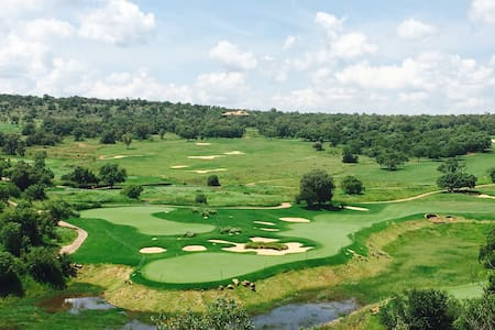 Elements Private Golf Reserve - Bela-Bela