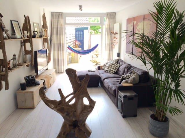 Private and complete house in the centre - Zandvoort - Casa
