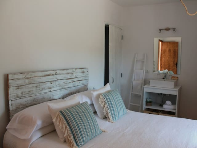 Double room-Standard-Ensuite with Shower-Mountain View-Na Blanca