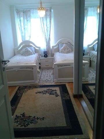 Lux Apartment and Bedroom good place in Stockholm - Stockholm - Byt