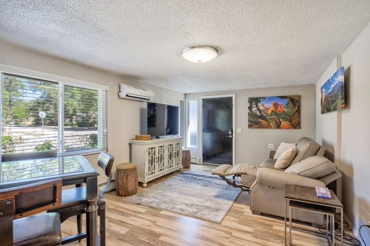 ✶Modern&Chic Cottage✶1BD✶Comfy Home In Old Colorado