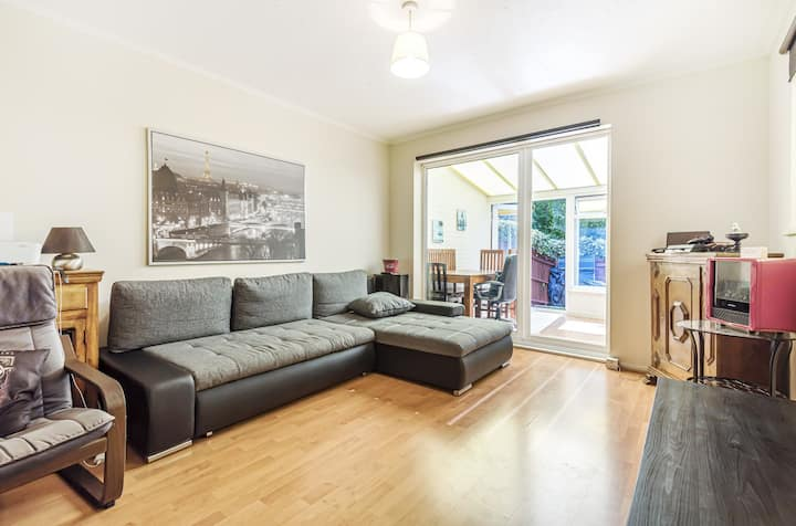 Beautifully presented family home in Wimbledon