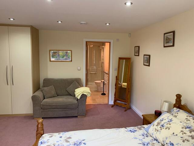 Guest suite in Area of Outstanding Natural Beauty