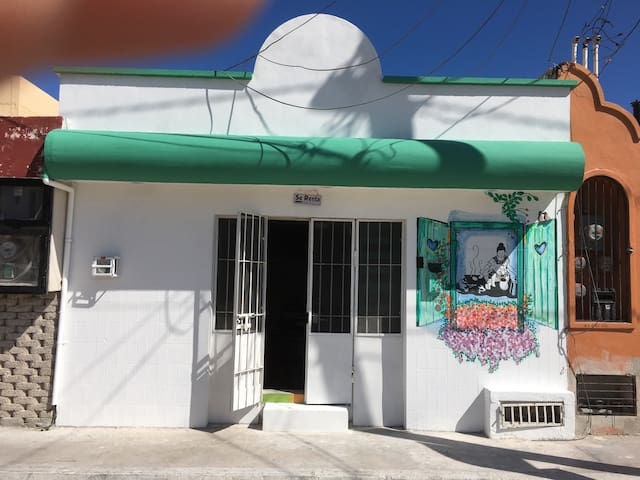 House close of the Malecon of Progreso Yucatán