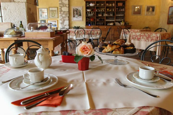 Musella Country Relais Single Room - Ferrazze - Bed & Breakfast