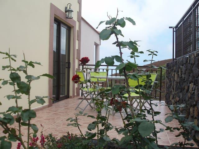 Alojamiento El Hoyo - Frontera - Rivitalo