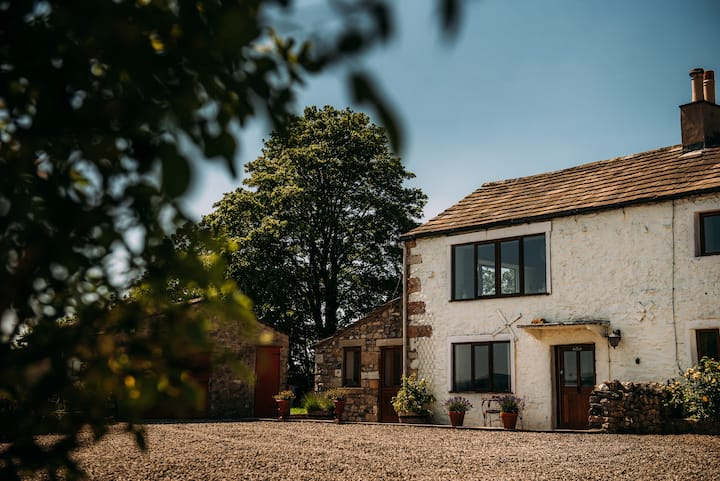 The Hayloft - Laythams Holiday Lets Retreat