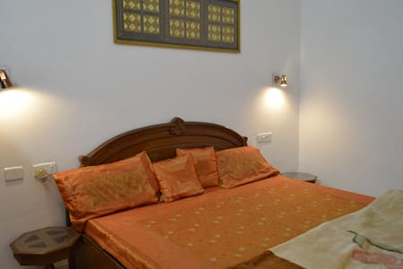 Deluxe Room in Udaipur's Green Belt - Udaipur